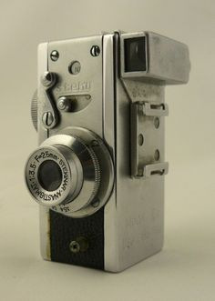 appareil photo de collection appareil photo biflex rare miniature 1950 suisse 2 fois 100 vues. Black Bedroom Furniture Sets. Home Design Ideas