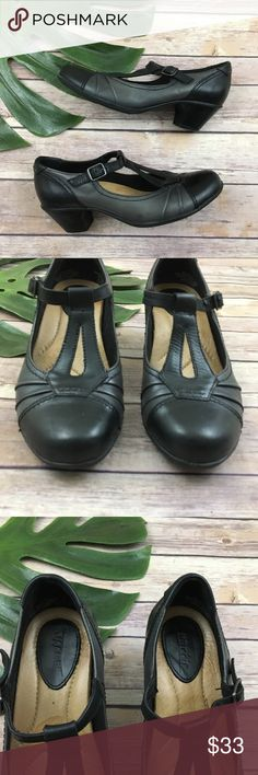 Earth retro style t-strap black & gray heels Earth black and gray t-strap mary jane heels, size 6.5. They are free from any rips or stains. The heel is about 2 inches. earth Shoes Heels
