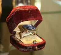 Sapphire ring of Marie Queen of Scotts