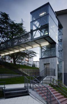 VAUMM arquitectura y urbanismo — Urban Elevator in Galtzaraborda