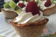 Margot řezy s banánovou příchutí Healthy Cake, Healthy Sweets, Low Cholesterol Diet, Sugar Free Diet, Good Food, Yummy Food, Food Trends, Sweet And Salty, Easy Desserts