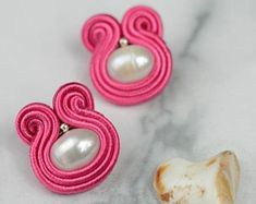 Soutache art jewelry with natural pearls and gemstones. by GosiaRybicka Jewelry Art, Etsy Seller, Gemstones, Pearls, Create, Natural, Beads, Beading, Gems