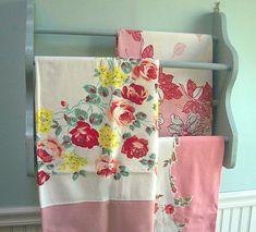 lovely vintage tablecloths