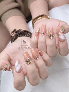 Nails, Earrings, Beauty, Jewelry, Fashion, Finger Nails, Ear Rings, Moda, Stud Earrings