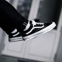 Vans Old Skool Herren-/ Frauenschuh schwarz / weiß
