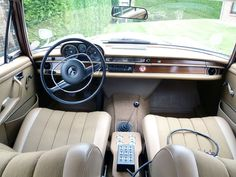 mercedes w108 interior
