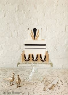 24 Pretty Perfect Art Deco Cakes