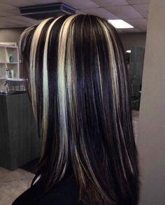 Blonde Highlights On Dark Hair, Hair Color Streaks, Blonde Streaks, Chunky Highlights, Hair Dye Colors, Hair Inspo, Hair Inspiration, Skunk Hair, Aesthetic Hair