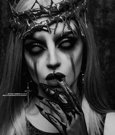 Evil Tattoos, Neck Tattoo For Guys, Girl Face Drawing, Old School Tattoo Designs, Chest Piece Tattoos, Beautiful Dark Art, Satanic Art, Face Photography, Fantasy Makeup