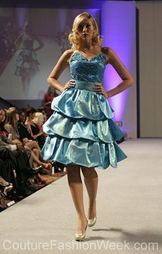 Andres Aquino 꾸뛰르 패션위크 뉴욕 봄컬렉션 2013 #패션위크#패션#꾸뛰르#Andres Aquino#스타일#여자#모던디자이너#모델#칵테일#드레스#스카이블루#패션쇼#뉴욕