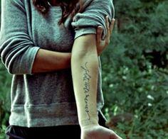 Colocación del tatuaje increíble
