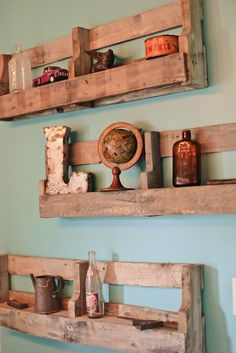 Pallet Furniture Rustic Shelving-I want to build these! : Pallet Furniture Rustic Shelving-I want to build these! – Pallet Furniture Rustic Shelving-I want to build these! Wooden Pallet Projects, Wooden Pallet Furniture, Wooden Pallets, Rustic Furniture, Diy Furniture, Pallet Ideas, Buy Pallets, Luxury Furniture, 1001 Pallets