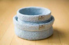Heartland Boho Crochet Wrap - All About Ami One Skein Crochet, Crochet Cord, Chunky Crochet, Crochet Hooks, Free Crochet, Crochet Baskets, Crochet Poncho, Crochet Beanie, Double Crochet