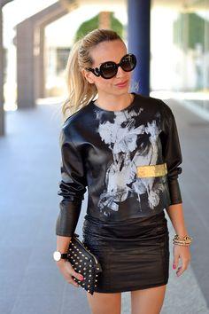 Zero UV sunglasses, Zero Uv Italia opinioni dogana, gonna di pelle, leather skirt, leather top, outfit glam rock italian fashion blogger It-Girl by Eleonora Petrella