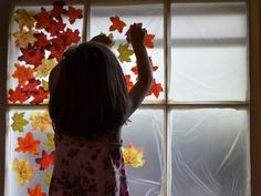 Decorate a Window for Fall No self stick plastic wrap apt for kids here in Spain, though, I fear! Fall Arts And Crafts, Kids Fall Crafts, Fall Halloween, Halloween Crafts, Halloween Decorations, Fall Window Decorations, Acorns Grow, Sensory Art, Little Acorns