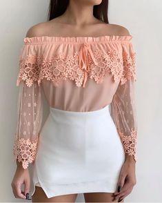 4728831bd Linda demais essa blusa de renda da  moda.max . Gostaram  Usariam