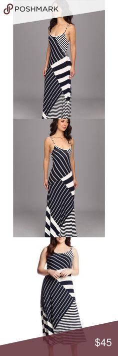 Vince Camuto Women's Blue Stripe Maxi Dress 1X Great condition, Vince Camuto striped maxi dress. Size 1x. No flaws. Vince Camuto Dresses Maxi