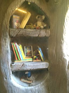 Blinky bills home tree inside