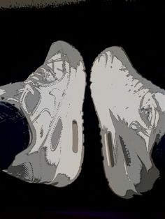 It's my favourite air max!! ♡♡ White!! :) ♥♥