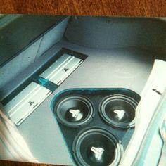 custom car stereo trunk install JL Audio hatchback