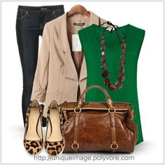 jeans, khaki blazer, green top, leopard flats, and necklace Khaki Blazer, Look Blazer, Blazer Suit, Mode Chic, Mode Style, Mode Outfits, Fashion Outfits, Womens Fashion, Fall Winter Outfits