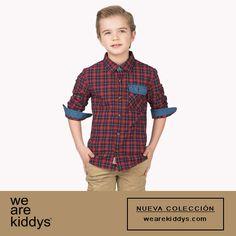 Camisa de cuadros escoceses y estilo preppy en tela de algodón. Con un estilo más desenfadado para este otoño.