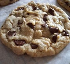 Baking Away: Best Big Fat Chewy Chocolate Chip Cookies Choc Chip Biscuits Recipe, Chocolate Chip Cookies Allrecipes, Gooey Chocolate Chip Cookies, Gooey Cookies, Biscuit Recipe, Cookies Et Biscuits, Chocolate Chips, American Chocolate Chip Cookies, Pig Cookies