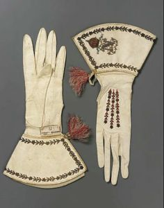 Pair of women's gloves. French, second quarter of 19th century. Museum of Fine Arts, Boston.