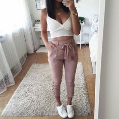Best Outfits chic fashion outfits ideas casual work clothes womens fashion amazing clothes how to wear casual outfits Look Fashion, Teen Fashion, Fashion Outfits, Womens Fashion, Winter Fashion, Spring Outfits, Trendy Outfits, Neue Outfits, Elegantes Outfit
