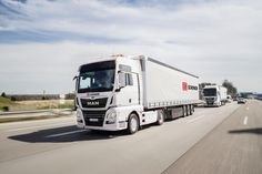 #MAN #PLatooning is a bold project that should begin in 2018. Trucks on autopilot can significantly increase fuel economy by 10%, in addition, drivers can rest more at the wheel. A total of 100 million euros will be invested in the project. Trucks will run between the cities of Munich and Nuremberg, first empty, and then with cargo.  Would you like to become a driver of such equipment? Write in the comments.  #article #platooning #autonomous #truck #truck #trucks