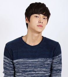 Lee Tae-Hwan - Please Come Back Mister is the first drama I've seen him in but omg he's awesome. He does a great job of playing a loyal gangster. As a bodyguard in the drama W! It's an amazing drama and I'm happy to see him again! Asian Actors, Korean Actors, Please Come Back Mister, Lee Tae Hwan, Watch Drama, Golden Life, Watch Full Episodes, Jiyong, Japanese Men