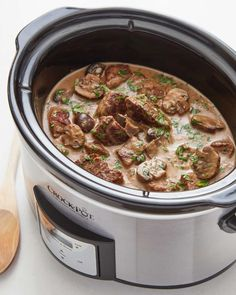 Slow Cooker Beef Tips with Mushroom Gravy — Recipes from The Kitchn. Recipe: Slow Cooker Beef Tips with Mushroom Gravy — Recipes from The Kitchn.Recipe: Slow Cooker Beef Tips with Mushroom Gravy — Recipes from The Kitchn. Crockpot Dishes, Crock Pot Slow Cooker, Crock Pot Cooking, Slow Cooker Recipes, Crock Pot Beef Tips, Cooking Ribs, Crock Pots, Top Recipes, Beef Recipes