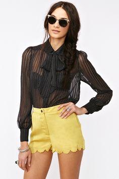 I want this blouse soo bad!