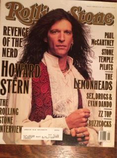TIL in 1994 radio shock jock Howard Stern talked a suicidal caller out of jumping off the George Washington Bridge in New York. He was live on air conversing and making jokes with him until he was able to be restrained and sent to a hospital. Lps, Rolling Stone Magazine Cover, Howard Stern Show, Live On Air, Nostalgia, V Magazine, Magazine Covers, Jon Stewart, News Magazines