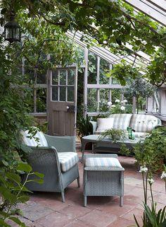 Är det ett växthus? Är det ett uterum? Är det en matplats? Äh – de här 11 orangerierna har ALLT!