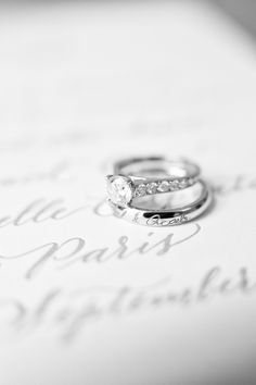 A true statement by the Bride: Paris is always a good idea!We 100% agree and these images fromLe Secret D'Audreyare the pretty proof. Planned byFete In France, it's an intimate affairthat defines timeless from the elegant stationery byStudio French Blueto the