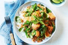 How do you cook snow pea chicken curry? get instruction detail. Thinking about what to make for dinner You cant go past this curry in a hurry Ready in less than minutes Tart Recipes, Asian Recipes, Ethnic Recipes, Savoury Recipes, Yummy Recipes, Dinner Recipes, Healthy Recipes, Curry In A Hurry, Snow Peas