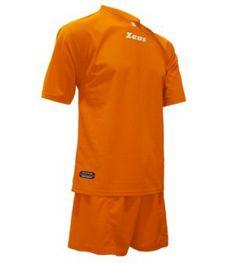 Narancssárga Zeus Promo Focimez Szett kényelmes, egyszerű, kopásálló, tartós, egyszínű, színtartó, könnyen száradó focimez szett. Narancssárga Zeus Promo Focimez Szett 6 méretben és további 8 színben érhető el.