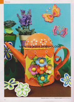 tetera en fomy Teapots And Cups, Purse Organization, Rose Art, Foam Crafts, Cute Crafts, Watering Can, Tea Pots, Elsa, Easter