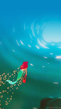 I love arial if I could be a mermaid I would she is just so AWSOME and adventureous