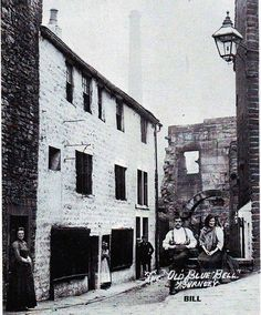 Wapping was a district of poor housing (Burnley), which lay behind the old woolworths store. Pictured here is the old Blue Bell, which was a common lodging house of bad repute. Burnley, The Old Days, Slums, 12th Century, Old Buildings, Lodges, Photographs, Old Things, British