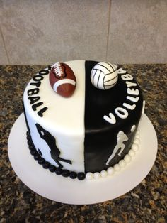 Volleyball and football cake Volleyball Birthday Cakes, Birthday Cakes For Men, Cakes For Boys, Birthday Ideas, Cake Recipes, Snack Recipes, Snacks, Sport Cakes, Girl Cakes