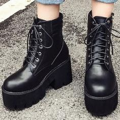 Must have fall boots sale-grunge combat boots - kokopiecoco Yellow Boots, Black Boots, Grunge Outfits, Grunge Boots, Timberland Waterproof Boots, Timberland Boots Outfit, Le Happy, Studded Heels, Shoe Company