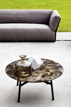 SUMMER SET Coffee table by Varaschin design Christophe Pillet @varaschinspa