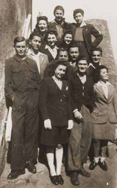 Members of La Sixieme Jewish underground rescue network, that operated in southern France to find hideouts, to distribute false documents and smuggle Jews into Switzerland, Châlus, France, 1944  Second row from the bottom: Fourth:Leo Bretholz Anonymous No Longer. Holocaust History Museum. Yad Vashem People identified by survivors in pictures. Most of those indentified did not survive. But now we have a name to go with the victims