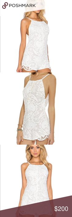 Stone cold fox Ryder white lace romper 1 Xs Beautiful pristine sz 1 Xs Stone Cold Fox Pants Jumpsuits & Rompers