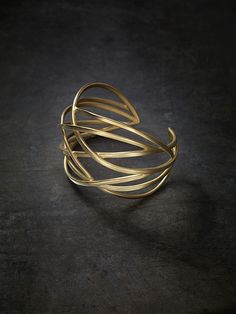 beautiful gold ring. Via About nothing