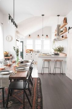 Here are the Bohemian Dining Room Design Ideas. This post about Bohemian Dining Room Design Ideas was posted under the … Küchen Design, Home Design, Design Case, Design Ideas, Design Trends, Design Inspiration, Interior Inspiration, Modern Design, Beautiful Kitchen Designs