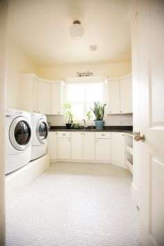 My clean and spacious LAUNDRY ROOM, I already think I am smelling the freshness of this room. Large enough for the 4 we will be in the family.