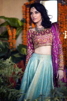 """Designer: Farah Talib Aziz Photography: Muzi Sufi Hair and Makeup: Natasha Salon Model: Meera Ansari and Sana Ansari "" Pakistani Wedding Dresses, Pakistani Outfits, Pakistani Bridal, Indian Dresses, Indian Outfits, Bridal Dresses, Bridal Lehenga, India Fashion, Ethnic Fashion"